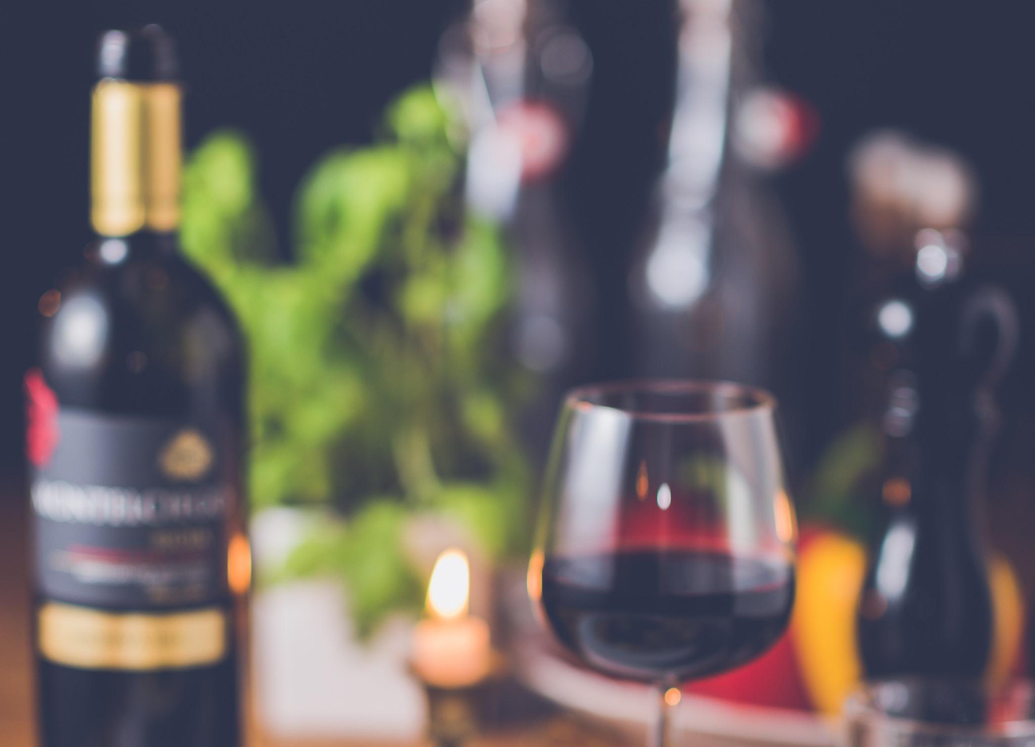 Wine education at Thief and Barrel wine tasting